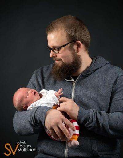 Vauvakuvaus studiossa